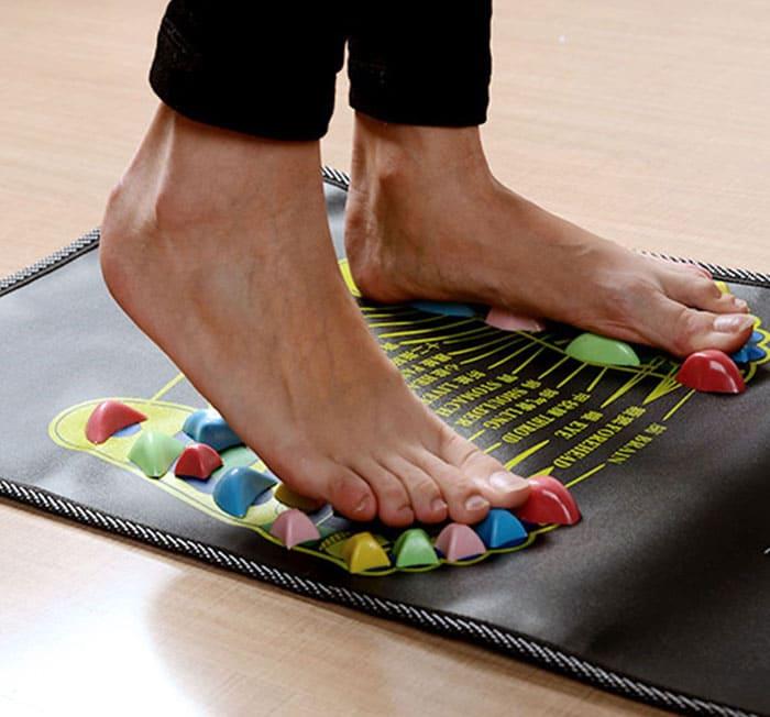 Первые ощущения могут показаться не самыми приятными, но спустя пару минут ноги привыкнут и заработают