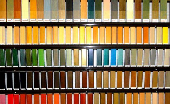По цветовой палитре современные морилки практически не отличаются от высококачественных красок
