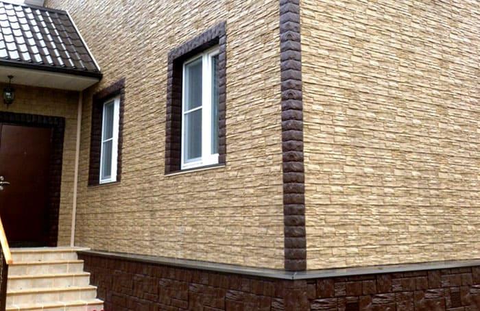 Отделка фасада здания с использованием цокольного и фасадного сайдинга Wandstein