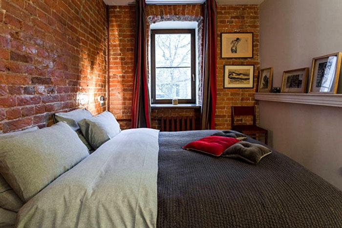 Пусть кровать займёт всю площадь, требования стиля всё равно соблюдены
