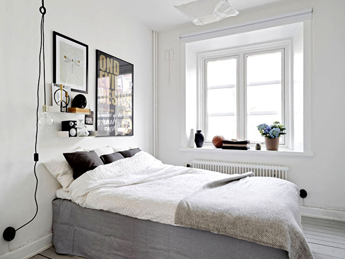 Скандинавский стиль удачен для крохотных спален
