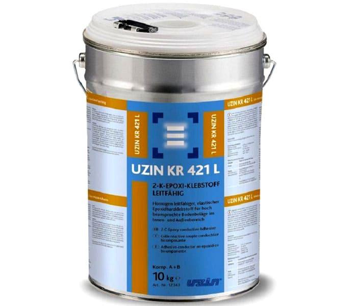 Двухкомпонентный эпоксидный клеевой состав используется для фиксации коммерческих ПВХ-покрытий с повышенной проходимостью