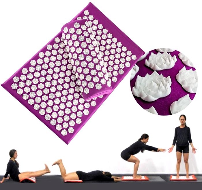Нельзя пользоваться ковриком, если у вас проблемы с осанкой. На таком изделии можно выполнять ряд упражнений, но их следует согласовать с врачом