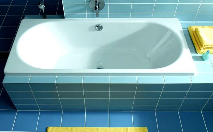 ФОТО: expert-n.info От вида используемой вставки зависят эксплуатационные характеристики ванны