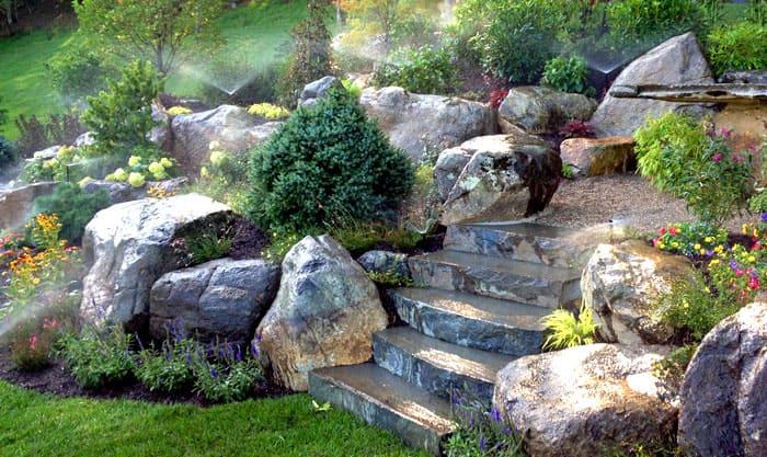 Целый каменный ансамбль