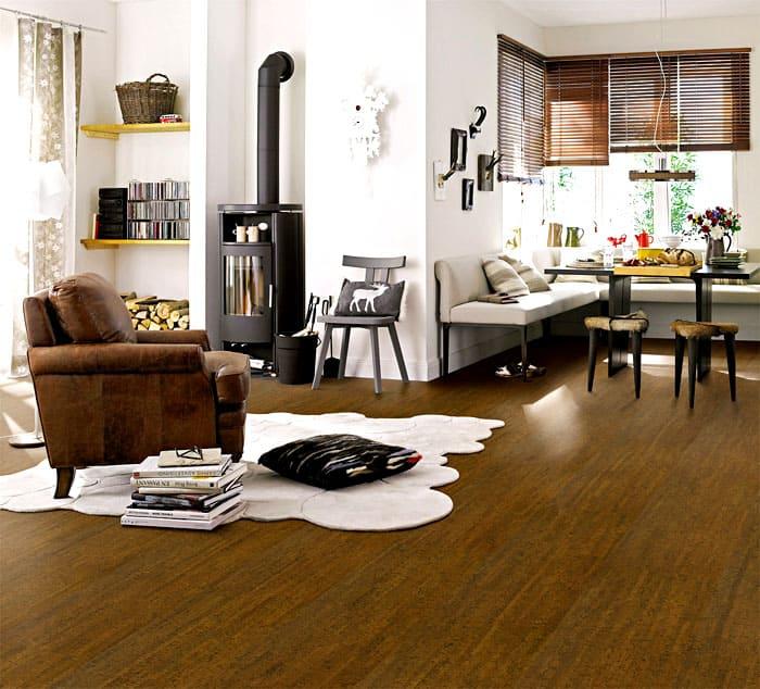 Популярность покрытия из пробкового дерева растет, оно используется не только в загородных домах, но и в городских квартирах