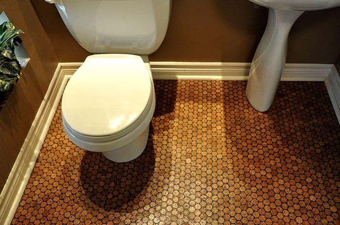 Идеальный вариант для ванной комнаты – клеевой пробковый пол