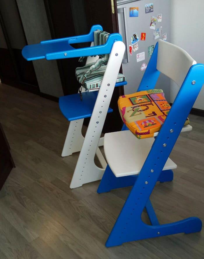 ФОТО: static.wixstatic.com Такие стулья отлично смотрятся в детской, благодаря яркой расцветке