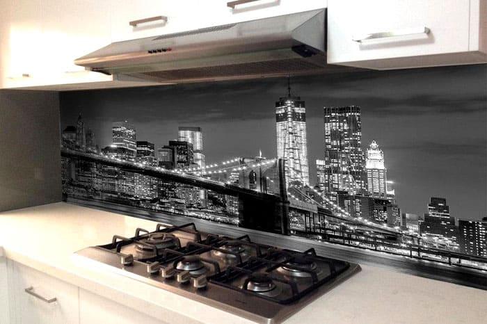 Фартук с изображением ночного Манхэттена