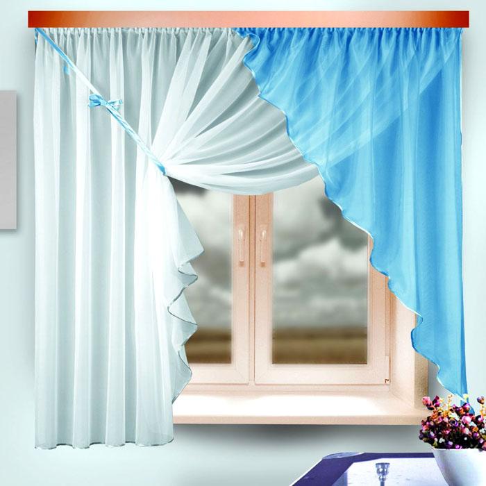 Ламбрекен и тюль способен украсить даже самое маленькое окно