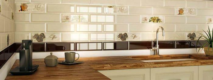 Прекрасная керамическая плитка для кухонного фартука будет служить исправно