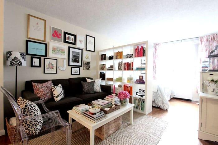 Компактная библиотека и деление квартиры