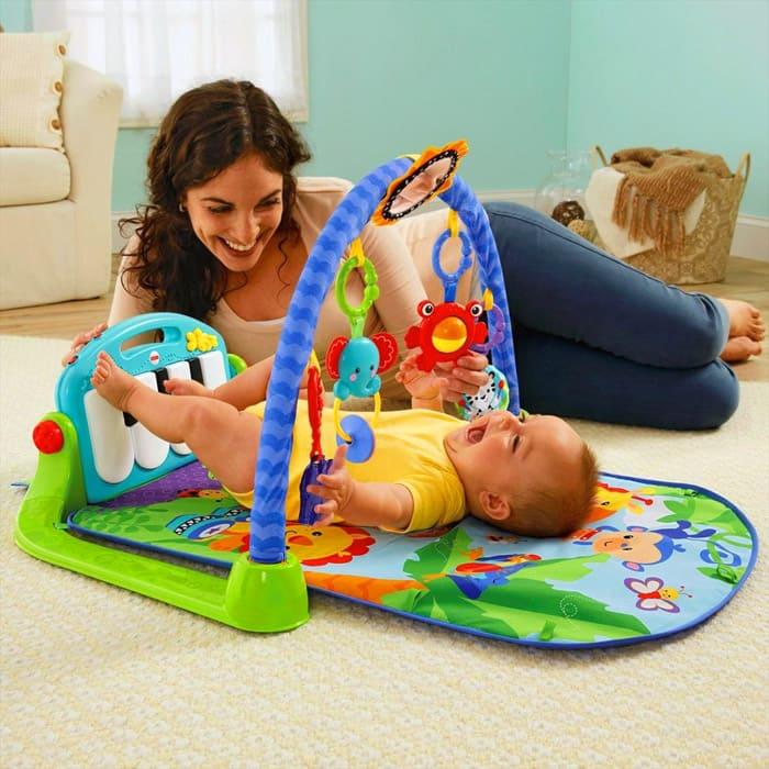 При выборе исходят из рекомендаций психологов к возрасту ребёнка