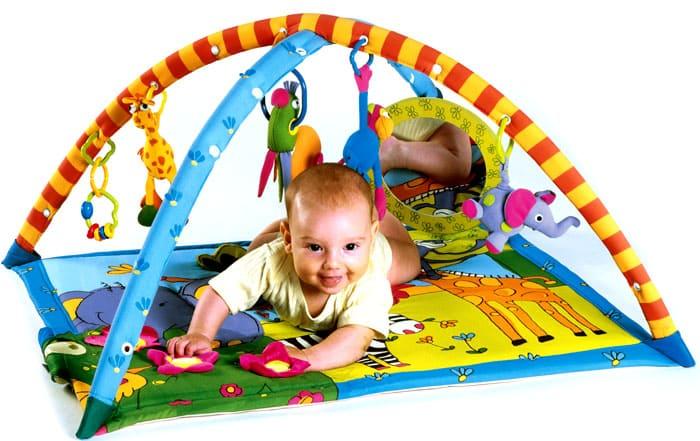 Коврики для этого возраста плохо пропускают шум, потому ребёнок, который на нём играет, не будет мешать соседям снизу