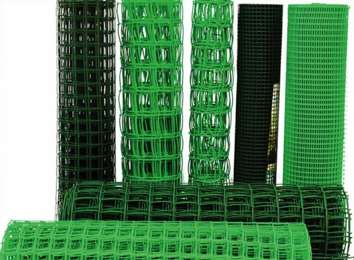 В торговой сети можно подобрать сетку с ячейками разного размера