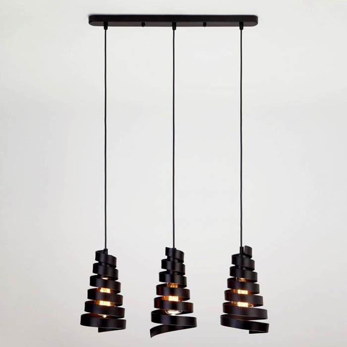 Подвесные лампы часто имеют металлическое обрамление