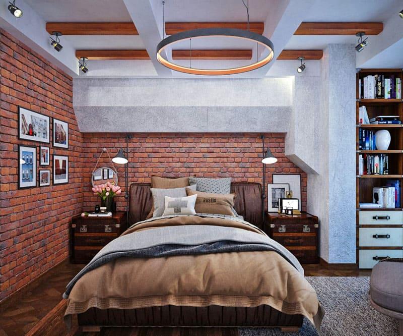 На фоне светлого однотонного потолка монтируют однотипные балки из грубо обработанного дерева, что добавит особенную нотку облику комнаты