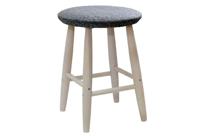 Классика: четыре ножки и сиденье