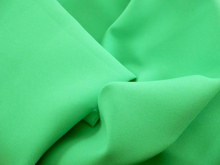 Материал, который можно с лёгкостью окантовать без риска расхождения швов
