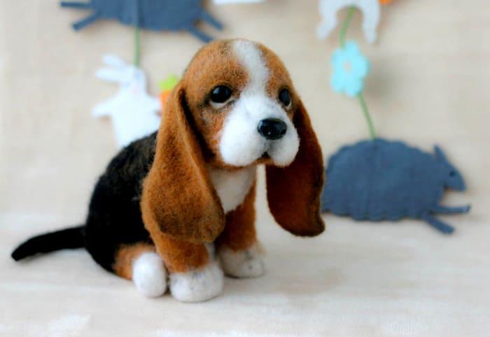 Шерстяные игрушки очень нравятся детям, их нередко используют с целью привлечь малышей к творчеству