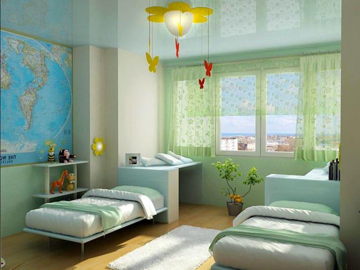 Глянцевые потолки прекрасно подходят для детской
