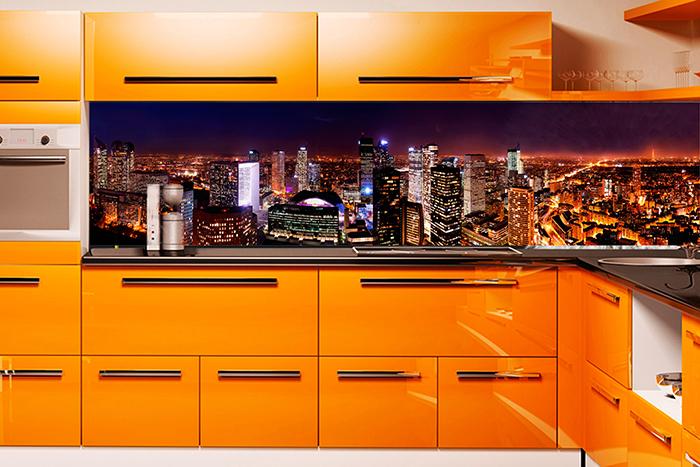 Многоцветная модель с изображением спального района и высоток визуально увеличит пространство помещения