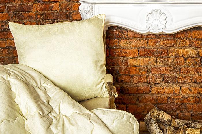 Шерстяную подушку можно легко узнать по плотному напернику