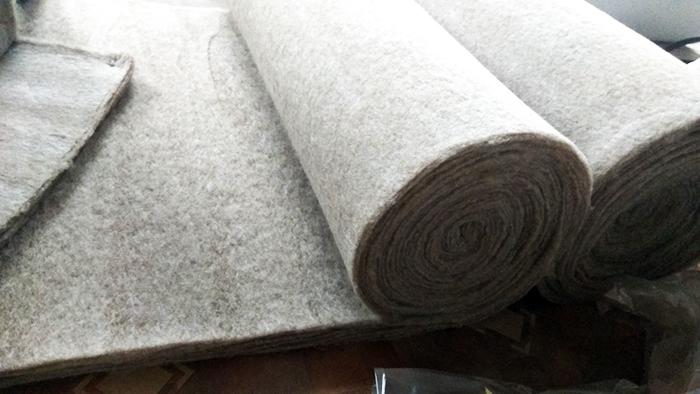 Льняная подложка в рулоне - волокна соединяют по типу нетканого полотна