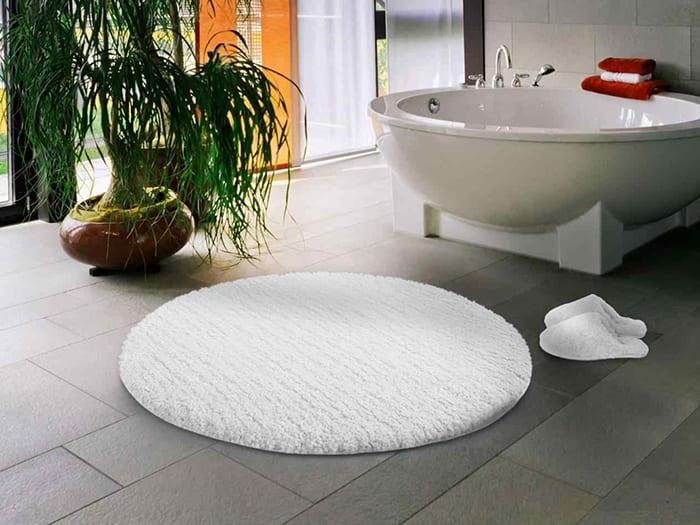 Назначение любого коврика — стать украшением помещения, сделав принятие водных процедур приятнее и удобнее