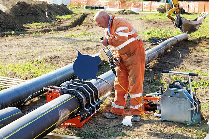 Сварка канализационных НПВХ-труб
