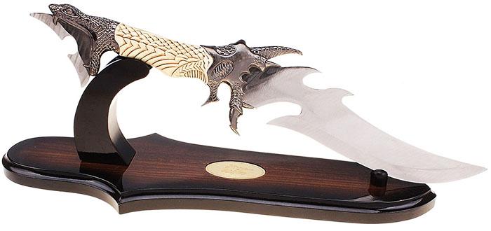 Интересный вариант держателя для хранения охотничьих ножей и кинжалов